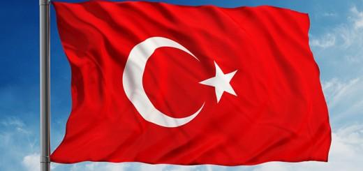 dalgalanan-turk-bayraklari